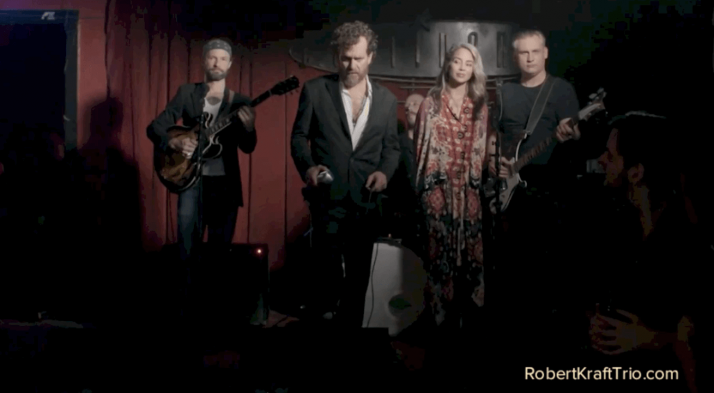 Episode 1303 - Robert Kraft Trio - Wonder